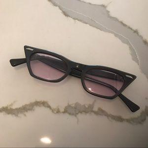 Vintage 1960s Pink Tinted Cateye Glasses